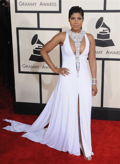 toni braxton red carpet dress 2015 grammys 2015 the evening s sexiest red carpet looks photos