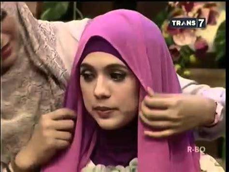 tutorial hijab juni 2015 tutorial hijab pasmina simple and good hitam putih juni