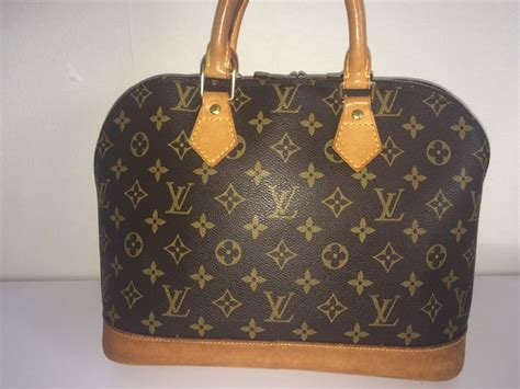 Tas Handbag Lv 8366 louis vuitton alma monogram bag catawiki