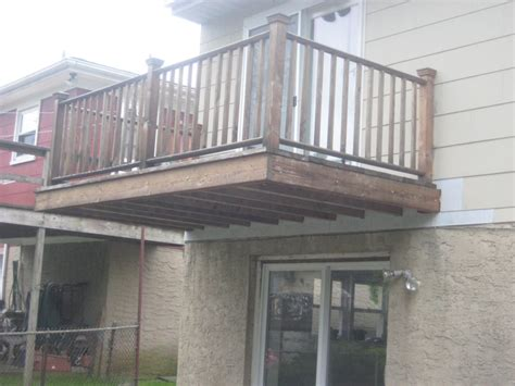 cantilevered deck the cantilevered balcony westchester real estate