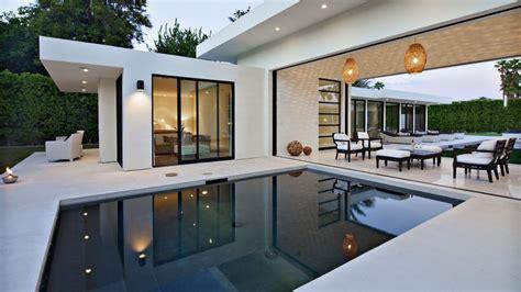Diy Backyard Patio Ideas Photo Page Hgtv