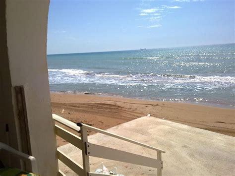casa sulla spiaggia sicilia casa vacanza mare sicilia selinunte triscina trapani