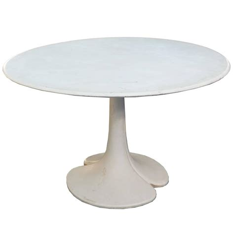 tulip style dining table with top and
