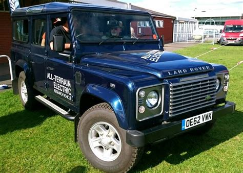 jeep range of vehicles 521 best land rover 90 110 127 defender images on