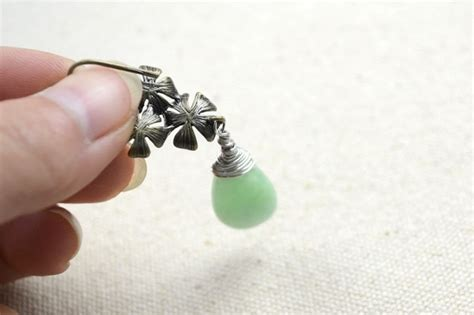 how to make clip on earrings easy jewelry ideas a pair of diy clip on earrings 183 how to make a dangle earring