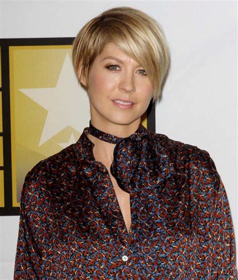 jenna elfmans haircut from dharma and greg jenna elfman dharma and greg haircut hairstylegalleries com
