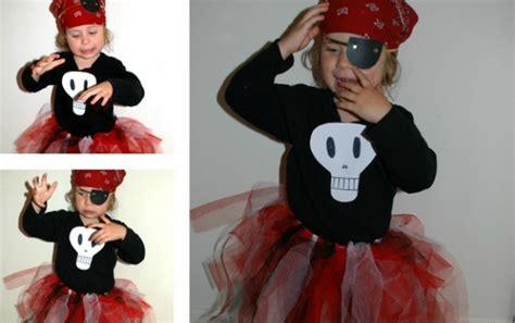 simple pirate costume idea simple halloween ideas