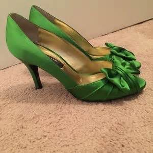 apple green shoes 76 off nina shoes nina forbes apple green luster satin