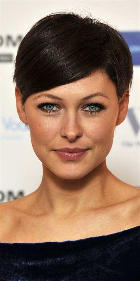 hairstyles short hair pixie cut celebrities flaunting drop dead gorgeous pixie hairstyles