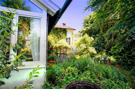 haus kaufen starnberger see idyllisches schmuckst 252 ck am starnberger see munich property