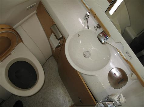 toilet emirates airbus   paolo rosa flickr