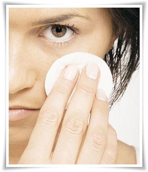 Minyak Kutus Kutus Atasi Masalah Sakit Pada Tumit laci petua ubati lebam bawah mata