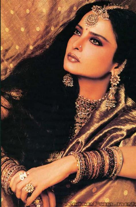 Rekha Biography In Hindi | colors jewels rekha who can be arguably termed india s