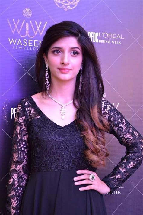 most beautiful actress in dubai gorgeous pakistani actresses looking beautiful in black