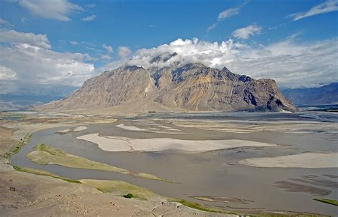 indus river wikipedia indus river system and china bargad बरगद