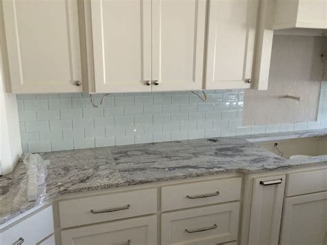 Kitchen Backsplash Options White Kitchen Cabinets With Slate Backsplash Quicua