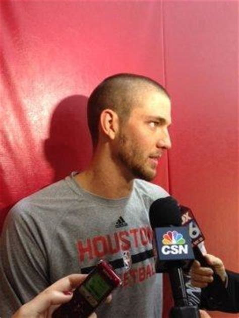 chandler parsons hairstyle chandler parsons shaves his head in support of young