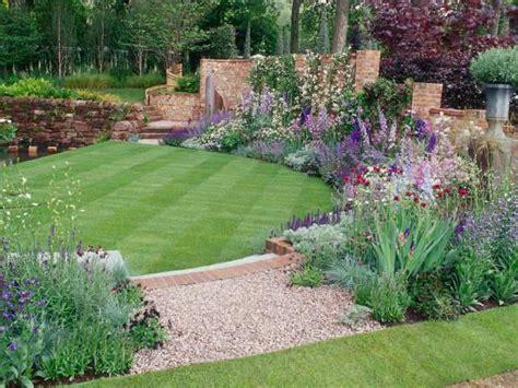 Ideas Jardineras Patio 23 Ideas En Fotos Para El Dise 241 O De Jardines De