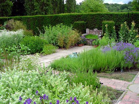 Creative Outdoor Herb Gardens The Garden Glove | creative outdoor herb gardens the garden glove
