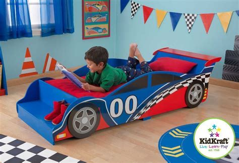 lit de tout petit lit pour enfant voiture de course