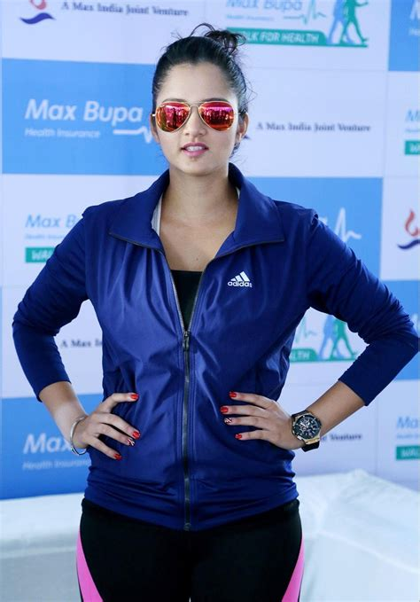 Sania Pant Sania Mirza Looks In At Max Bupa