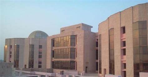 Iiit Allahabad Mba Quora by What Are The Best Place For Couples To Hangout In At Iiit
