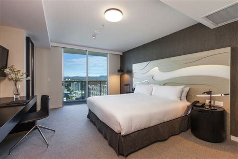 hton home design ideas hotel rooms surfers paradise