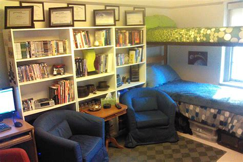 University Of Delaware Bookstore Gift Card - housing assignment services to host residence hall decorating contest