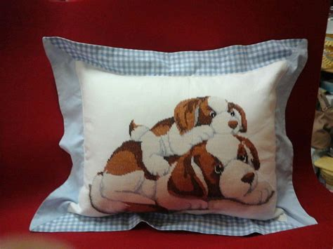 cuscino cani cuscino con cani per la casa e per te arredamento di