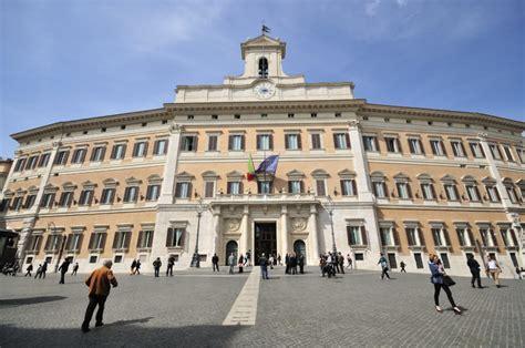 sede parlamento roma palazzo montecitorio