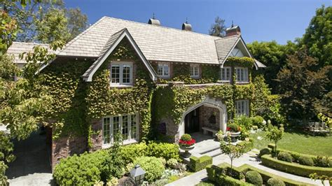 hayes house of music sean hayes floats l a manse as off market listing variety