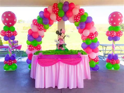how to decorate your first home top 5 creative ideas to decorate party halls with balloons