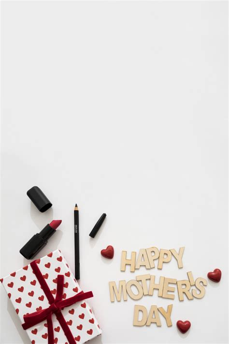 Lipstick Free Eyeliner happy s day lettering with lipstick eyeliner and