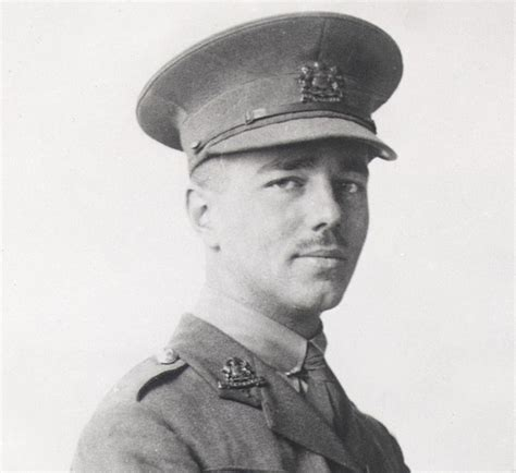 biography english poets biography of wilfred owen biographies poet pinterest