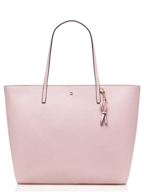 Sawyer Bag By Kate Spade by Giveaway Kate Spade Maxi Tote And A Bookstore