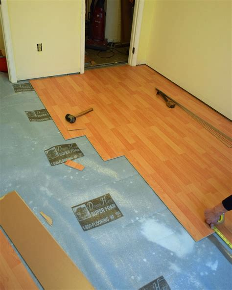 Installation Of Laminate Flooring How To Install A Laminate Floor How Tos Diy
