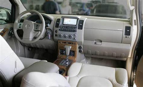 Interior Of Nissan Pathfinder by 2005 Nissan Pathfinder Le Interior Trim
