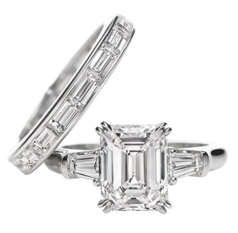 harry winston classic winston emerald cut ring emerald