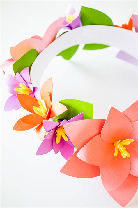 How To Make A Flower Crown With Paper - easy diy paper flower crown diydry co
