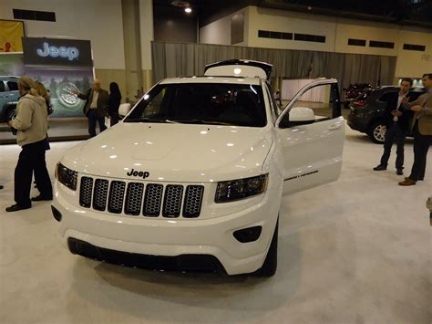 2011 Jeep Grand Altitude High In Houston Jeep S New Altitude Models Jk Forum