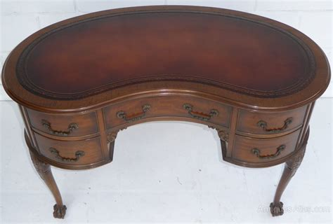 Antique Kidney Shaped Desk Mahogany Kidney Shaped Desk By Waring Gillows Antiques Atlas