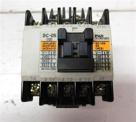 Kontaktor Fuji Sc 05 220vac fuji electric 4nc0g0 11 type sc 05 4nc0g0 motor starter contactor 220 v 50 hz 240 v 60 hz