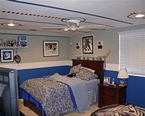 boys hockey bedroom ceiling painted like basketball court baseball field