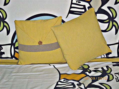 Bantal Bantal Sofa Pose homesewingdesign september 2012