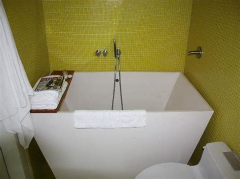 deep bathtubs for small spaces tub soak soaking bathtubs for small spaces small deep