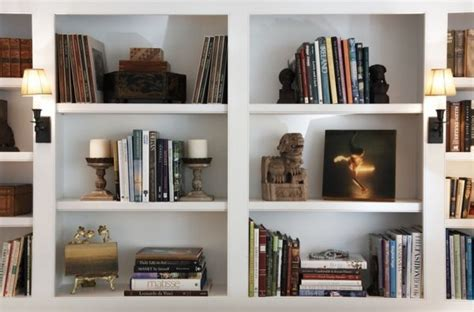 how to organize bookshelf tips for keeping a bookshelf organized