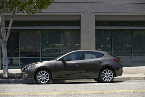 2014 mazda 3 gets electric power steering photos 1 of 5