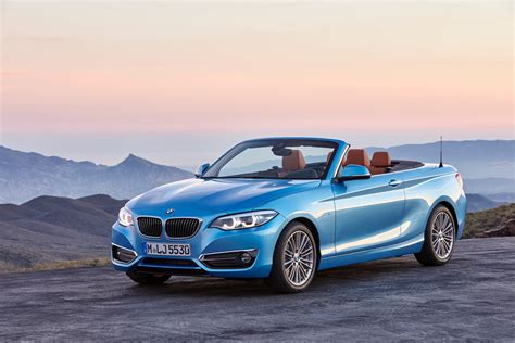 Bmw Coupe Convertible by World Premiere Bmw 2 Series Coupe And Convertible Facelift