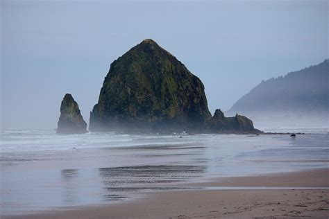 haystack rock cannon beach oregon nature s majesty