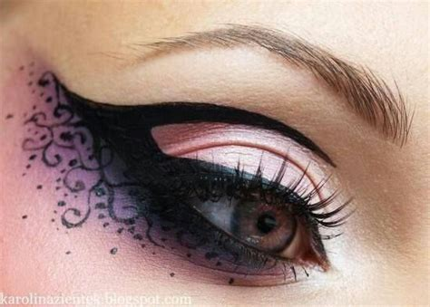 Eyeliner Casandra pin by casandra edwards on makeup